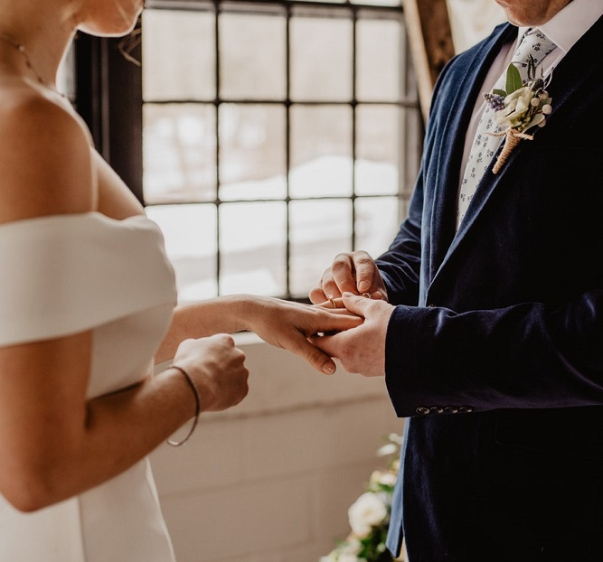 Planning on Writing Your Own Vows? Here are our Top Tips