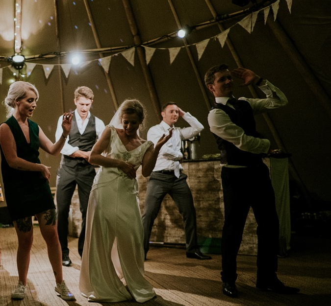 10 Wedding Entertainment Ideas to Make Your Day One to Remember