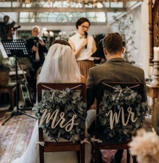 What a great idea! Simple yet effective 😍🌸⠀ ⠀ 📸@beloved_photography_com⠀ ⠀ #weddingideas #mrandmrs #weddingchairs #brideandgroom #dresses #bride #bridal #bridetobe #fashion #weddingphoto #weddings #lace #groom #couture #fashion