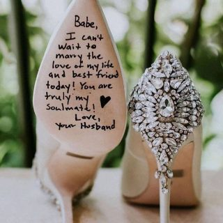 Love this ♥️ . . . . 📸 @weddingdressesguide  . #weddingshoesideas #weddingplanningideas #weddingdress #weddingplanningideas