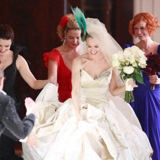 What's your fave movie wedding dress out of these four iconic looks?⠀ ⠀ ⠀ ⠀ ⠀ ⠀ #satc #sexandthecity #carriebradshaw #carriebradshawstyle #mrbig #satcfashion #sarahjessicaparker #mamamia #mamamiaweddingdress #twilight #twilightwedding #twilightweddingdress #princessdiaries #annehathaway #movieclips #moviewedding #iconicwedding #royalwedding #royalweddingdress #iconicweddingdress #mamamiawedding #twilightfan #twilightmad #laceweddingdress #viviennewestwood #backlessweddingdress #princessweddingdress #silkweddingdress #satinweddingdress #traditionalweddingdress